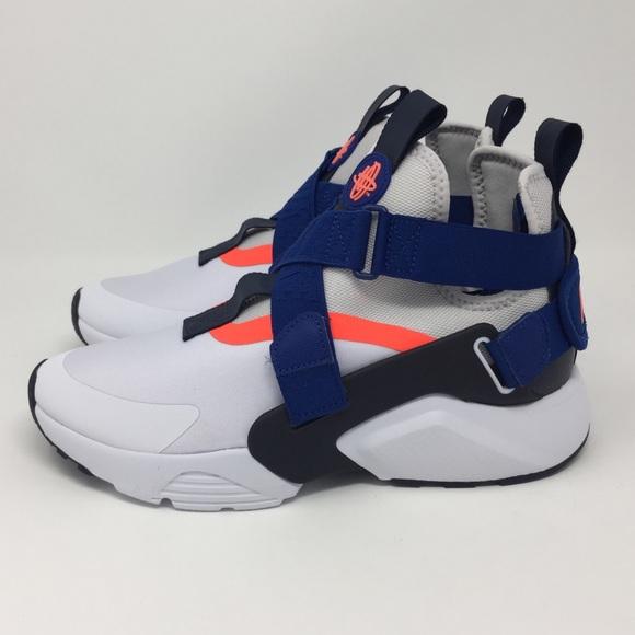 Nike Air Huarache City. M 5aef579f00450f5d1fedd934 13b24f62e